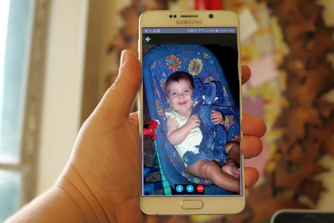 کنترل از راه دور نوزادان با گوشی